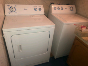 AMANA Washer and Dryer Set