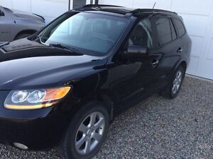 2009 Santa Fe Limited   AWD   Priced to sell!