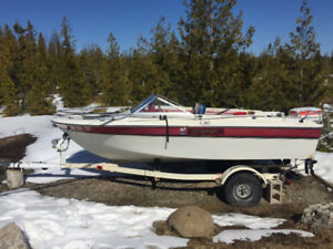 Boat With Trailer - 1981 Cressliner AMF 15 Ft with 115 HP OB