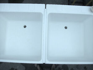 White Double Sink Freestanding Laundry Room London Ontario image 5