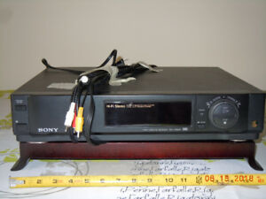 SONY VHS VCR  Video Cassette Recorder Player