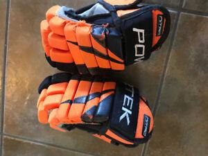 Hockey gloves - size 9inch