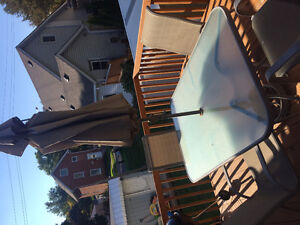 Outdoor table with 4 chairs and a big umbrella Peterborough Peterborough Area image 4
