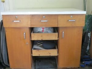 Work Bench Local Deals Tool Storage Amp Benches In Ontario Kijiji Classifieds