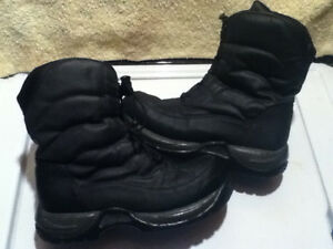 Women's Elements Winter Boots Size 9 London Ontario image 1