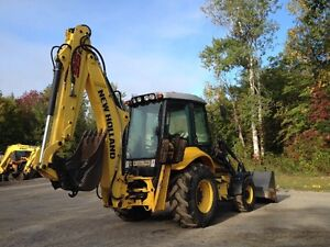 new holland B95C 2014 (900 hrs) West Island Greater Montréal image 4