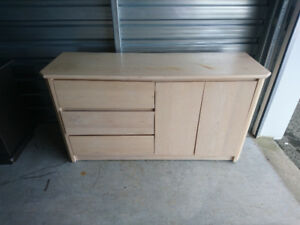 Light brown dresser