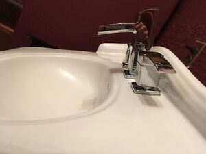 30 inch vanity sink with or without taps Cambridge Kitchener Area image 3