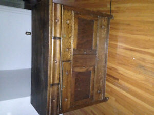 Beautiful Antique Sideboard/Hutch! Selling way too cheap!