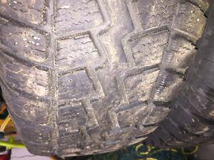 4 Winter Tires and Rims - 2011 Hyundai Santa Fe P235/70R16