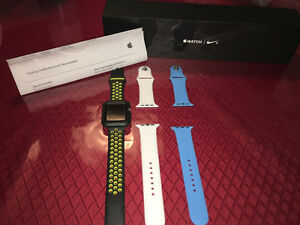 Apple Watch 42 mm Série 2 Édition Nike