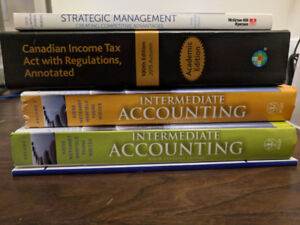 Free Textbooks, Titles in Description (Pickup only!)