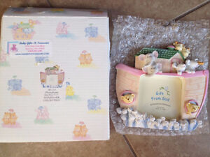 Noah's Ark Baby Photo Frame - BRAND NEW! Great for a baby shower