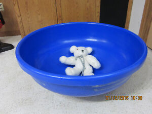 Kids Plastic Tub to Spin