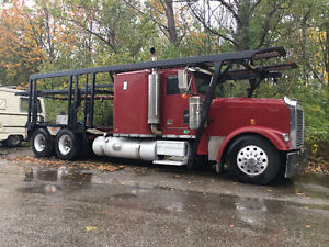 2000 Freightliner Classic XL Car Carrier hauler with job !