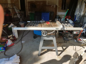 Craftsman 10 Inch 3 HP Table Saw + Accessories