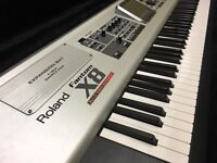 Roland Fantom X8 with Flight Case - Workstation Keyboard - 88 Key Synthesiser