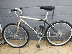 mens Giant bicycle