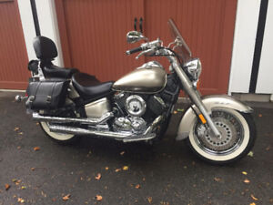 Yamaha V Star Classic, low low kms!