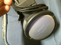Sony MD-100 Stereo Headphones