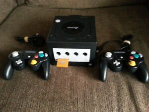 Nintendo Game Cube System,two controlers,games,memory