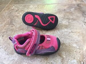 Shoes for toddler girl, size 5.5-6.5. Four pairs in total.  London Ontario image 4
