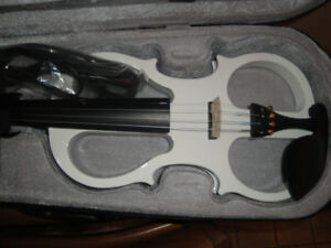 WHITE ELECTRIC VIOLIN FULL SIZE ALL INCLUDED BRAND NEW $220