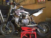 Demon X 125 pit stomp field bike