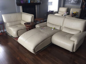 Leather Sectional - De Boers Authentic