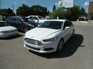 CLEARANCE PRICED - 2013 Ford Fusion SE 4 CYL Sedan