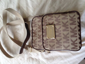 Authentic Micheal Kors Crossbody bag