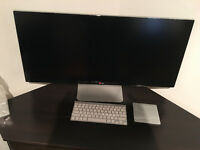 LG 34UM95 Monitor with Apple wireless Keyboard and Trackpad