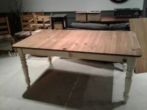 Country Kitchen Table & 6 Chairs by Ethan Allen