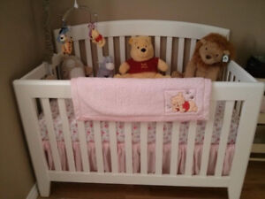 Pali Gala Forever Crib in like new condition