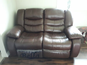 Leather Double Reclining Loveseat
