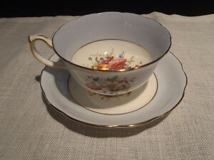 Antique Bone China Teacups and Saucers Kitchener / Waterloo Kitchener Area image 5