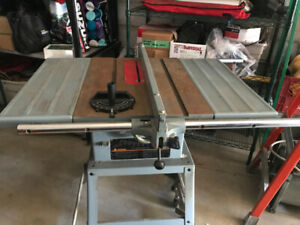 10 INCH DELTA CONTRACTOR TABLE SAW