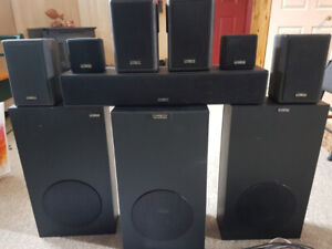 Surround sound speaker set (High end)