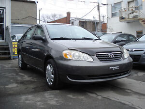 2006 Toyota Corolla CE Berline air climatiser impecable negociab