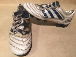 Men's Adidas Predator Outdoor Soccer Cleats Size 10 London Ontario image 5