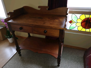 Antique Canadian washstand / prep table