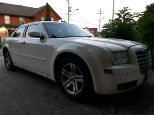 2005 Chrysler 300 red w extra rims
