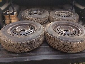 195/70R14 winter tires and rims Kitchener / Waterloo Kitchener Area image 1