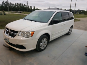2011 Dodge Caravan *SAFETIED*