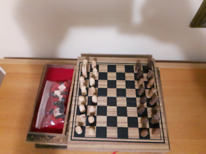 """Brand new! Wooden CHESS 3 In 1 game ( 8.75"""" x 9.75"""")"""