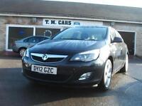 2012 Vauxhall/Opel Astra 1.3CDTi ecoFLEX SRi 5d **£20 Tax**