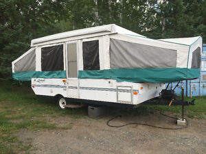 Fantastic 28Ft Travel Trailer FOR SALE From Terrace Bay Ontario Thunder Bay