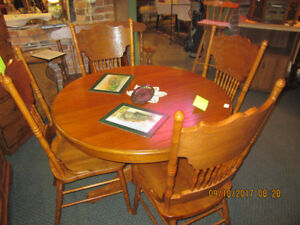 Oak table and 4 pressback chairs