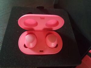 NEW Samsung Gear IconX cordfree earbuds