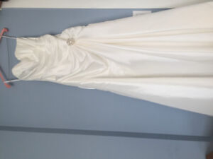 Wedding Dress size 8. Only used once